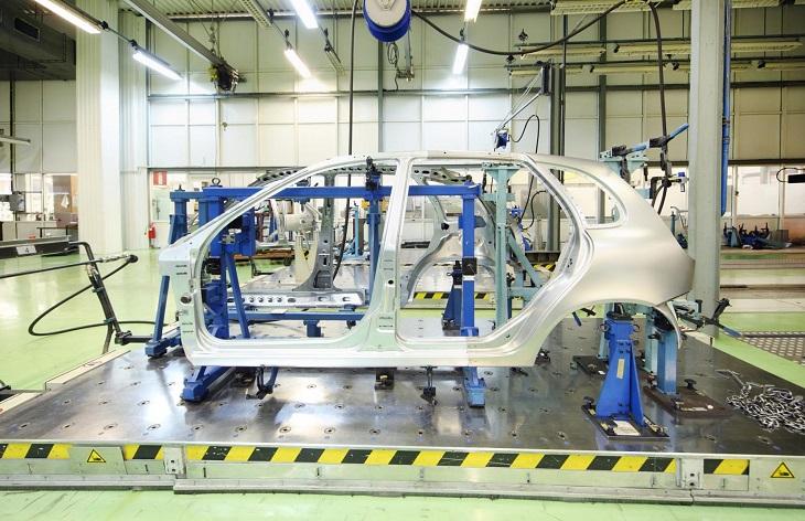 Наистина ли производството на електромобили ще става по-евтино?