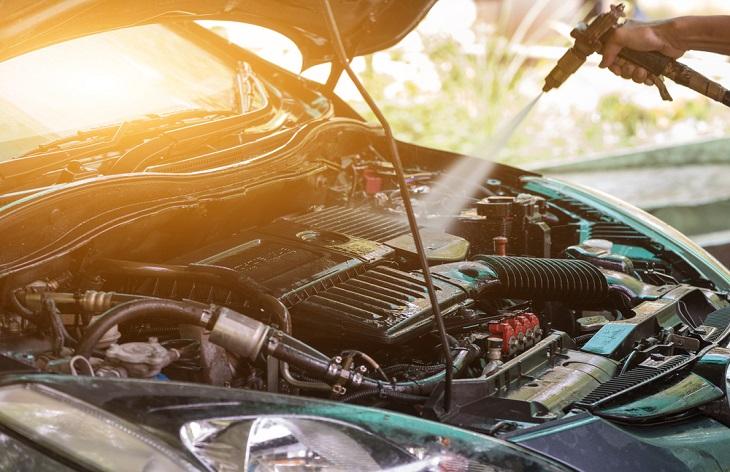 Измиване на двигателя: Да или Не?