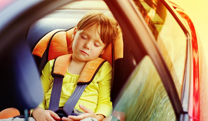 Колко са важни детските седалки в колата?